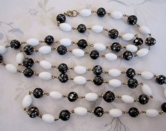 vintage glass confetti long connector rosary bead black and white necklace - j5915