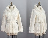 Reserved for Karavannah 1970s white knit belted sweater jacket w/ hood s - m