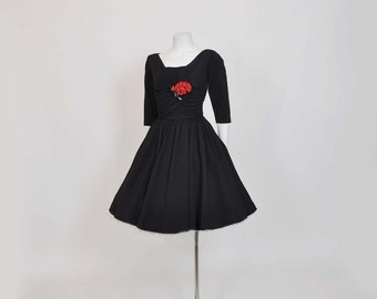 50s dress / Mollie Parnis Vintage 1950's Ruched Full Skirt Party Dress LBD