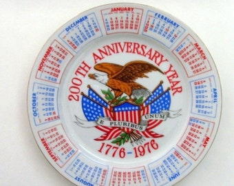 Vintage USA Bicentennial Plate / 1976 Calendar - Collectible Plate, 1776, White, Red, Blue, Eagle, E Pluribus Unum, American Flag, CLEARANCE