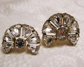 Vintage Art Deco Clear Rhinestone Brooch Set Two Brroches with Bell Shaped Stones Incredibly Sparkly Perfect For a Wedding  Event  (44)