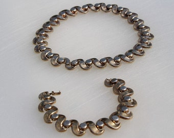 Trifari Vintage Gold Tinted Necklace and Bracelet