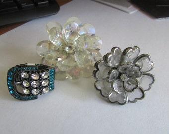 3 rings flower buckle