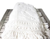 Vintage White Cotton Bedspread - Cotton and Linen Antique Queen Coverlet - Rose Patterned Country Style Bedspread - Crocheted Tassel Fringe