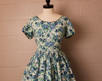 1950's Mode O Day Cotton Dress Blue Green Floral Vintage 32 waist