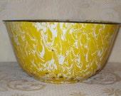 "Enamelware Graniteware Bowl LARGE 12"" Yellow Swirl Rustic Primitive Vintage Antique"