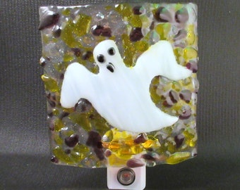 Fused Glass Halloween Friendly Ghost Dusk to Dawn LED Nightlight
