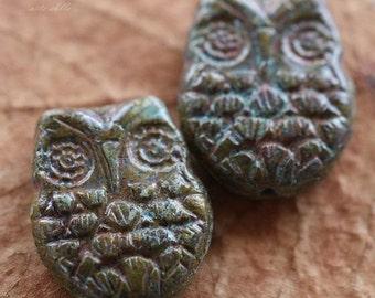 10% off AVOCADO HOO HOO .. 2 Premium Picasso Czech Glass Owl Beads 18x15mm (4372-2)
