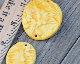 Elli Cuff bead in Dandelion Yellow