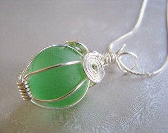 Iridescent Green Marble Pendant - Sea Glass Pendant - Beach Glass Jewelry