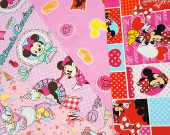 Disney Fabric Scrap Minnie Mouse couture  2016A