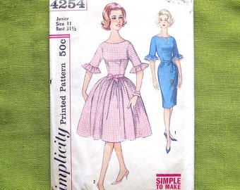 1960 Vintage Sewing Pattern - Simplicity 4254 - Rockabilly Dress - Wiggle Dress - Ruffle Sleeves / Size 11