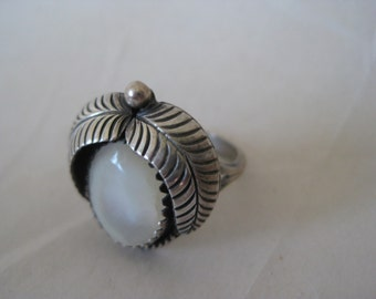 Mother of Pearl Sterling Ring Silver 5 1/2 925 Southwest Native American Indian MOP