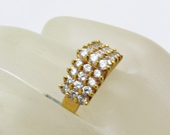 Rhinestone Chevron Ring Vintage Jewelry R7241
