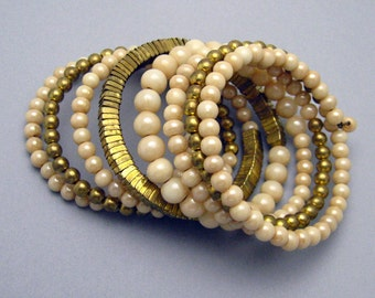 Vintage Wide Coil Bracelet Cream Brass Bead Jewelry B6970
