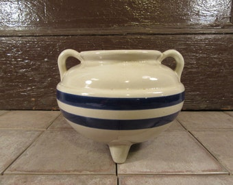 Very nice footed stoneware pot- Roseville- white with blue stripes and 3 stoneware legs- fine condition