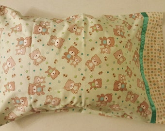 Bears Standard Pillow Case, Approx. 20 inch X 31 inch, Cotton Flannel