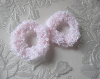 2 Hair Scrunchies, Pale Pink Crochet Scrunchies, Pink Ponytail Holders, Girls Hair Accessories, Hair Care, Elastic Hair Band