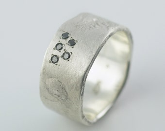 Melted // 10mm Band with Black Diamonds