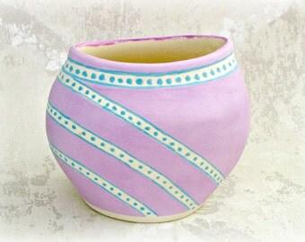 Sweet Lavender Vase / Flower Pot