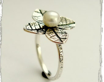 Sterling silver ring, leaf ring,  fresh water pearl ring, flower ring, leaves ring, floral ring, engagement ring -  Tip of the iceberg R1692