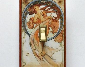 Mucha Switchplates w/ MATCHING SCREWS- Alphonse Mucha painting Mucha switch plate covers Art Nouveau decor Mucha wall plate Mucha art decor
