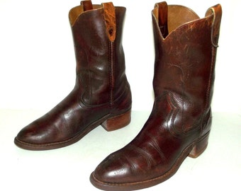 Vintage Cowboy boots mens size 8.5 D / womens  10 Brown Rockabilly western shoes