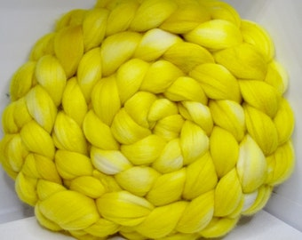 Merino 15.5 Roving Combed Top 5oz - Sunflower 1