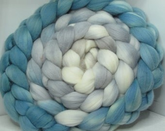 Merino 15.5 Roving Combed Top 5oz - Sea Mist 1