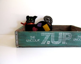 Vintage 7-Up Wood Crate Industrial Storage Seven Up Bottle Wood Box Fresno California