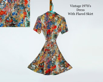 1970's Vintage Dress/ Summer Dress/ Shortsleeve Dress/ Wild Print Dress/ Hippie Dress/ Rockabilly Dress/ Retro