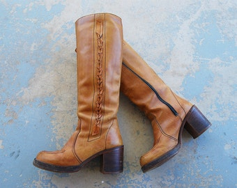 vintage 70s Campus Boots - 1970s Tall Boho Hippie Boots - Beige Leather Chunky Heel Platform Boots Sz 7 38