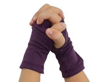 Toddler Baby Arm Warmers in Pale Sugar Plum - Plum Purple - Organic Cotton Fingerless Gloves