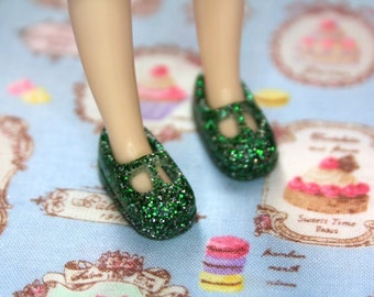 Middie Blythe Green and silver glittery T-strap Mary Jane doll shoes
