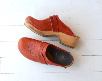 Tooled Leather Clogs | red leather clogs | Swedish wooden clog shoes 10