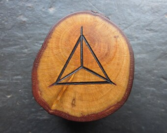 Natural Wood Double-Sided Talisman - Blackthorn - Dragon's Eye/Pentacle for Altar or Pocket.