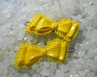 Vintage barrette, sweet bright yellow  bows, rare pair,