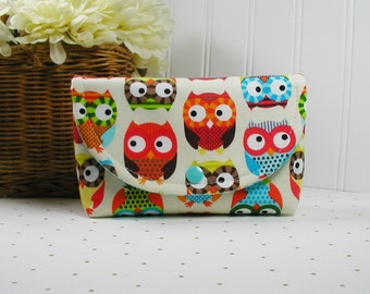 Owl Pouch, Owl Snap Pouch, Large Snap Pouch, Journal Pouch, Travel Pouch..  Bright Owls in Cream
