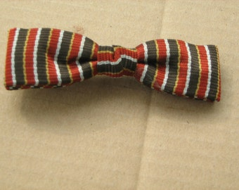 vintage  new old stock 1950-60s Royal. boy's clip on bow tie