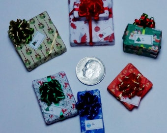 Six Assorted Miniature Christmas Packages set XP116