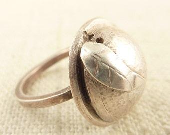 SALE ---- Size 5 Vintage Handmade Feather Brimmed Hat Ring