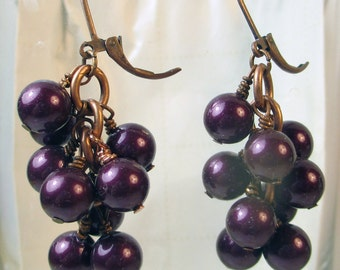 Purple cluster earrings, glass pearls in purple earrings, purple glass pearls dangle earrings, fall color glass pearls holiday earrings