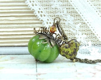 Green Pumpkin Necklace Autumn Jewelry Pumpkin Pendant Pumpkin Jewelry Halloween Necklace Woodland Jewelry