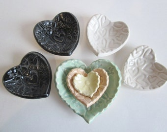 Summer SALE  7 heart dishes, 3 kitty nested dishes, 2 black hearts, 2 white hearts