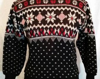 Vintage 80's ski sweater, size 38, black