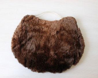 Muff Purse / 1940s Fur Handbag with Muff Warmer / Lucite / Chestnut