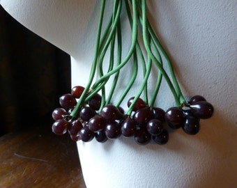 Burgundy Berry Cluster Vintage for Bridal, Boutonnieres, Headpieces, Halos, Wreaths, Bouquets  ML 148Burg