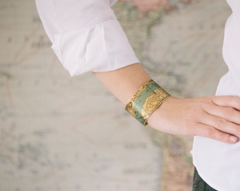 London Map Jewelry - Antique Street Map with the River Thames and London Bridge - Brass Cuff Bracelet - Cool Gifts Under 45
