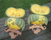 Vintage Cast Metal Owl Pair--1970 Sexton Wall Art--Green Yellow Owl Pair--Seventies Wall Decor--Owl Plaques