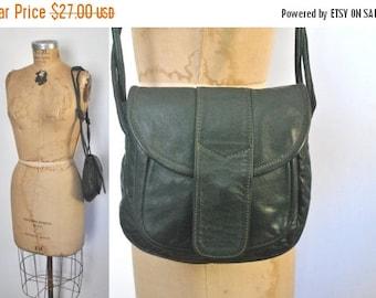 SALE 40% OFF Green Leather Purse / 1970s boho bag